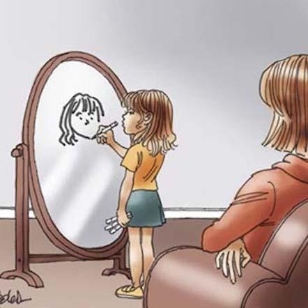 Enfant devant un miroir regardée par une adulte